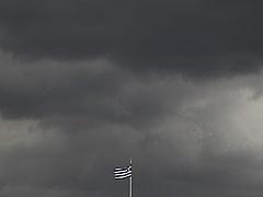 Sötét felhők gyülekeznek